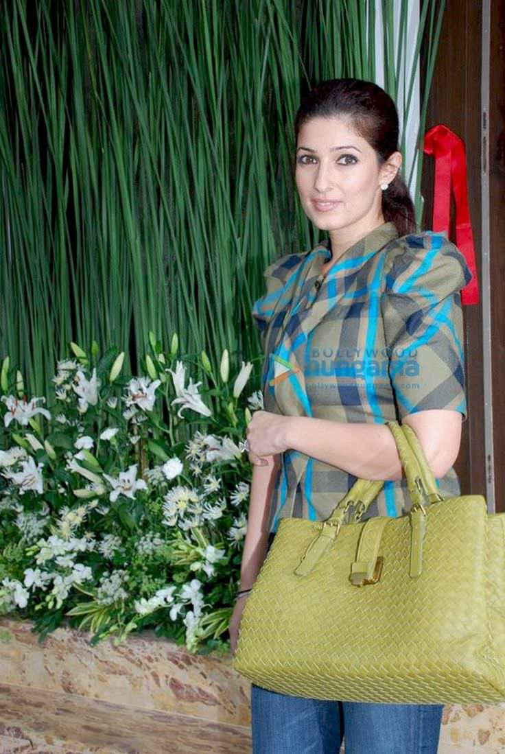 Twinkle Khanna   Celebrity biography, zodiac sign and famous quotes