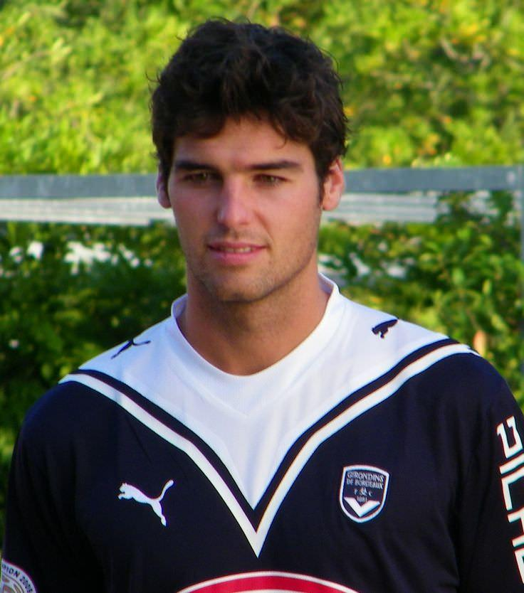 Yoann gourcuff dating services