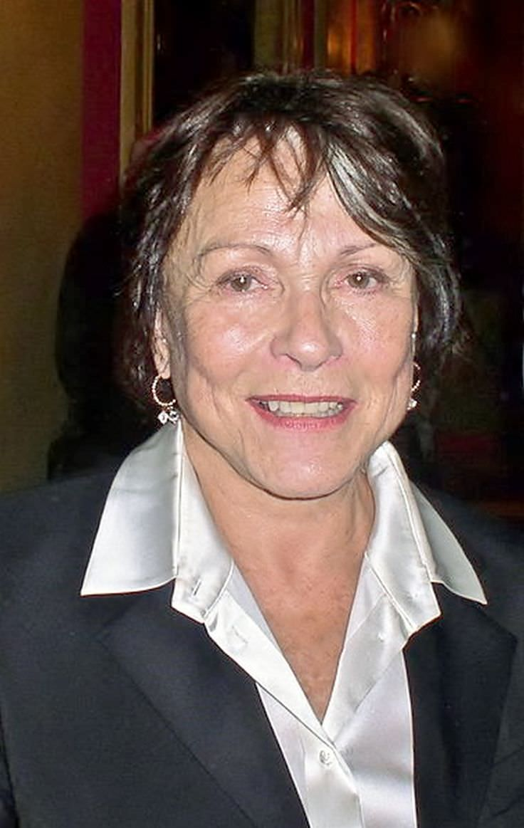 Claire bloom for Claire nevers wikipedia