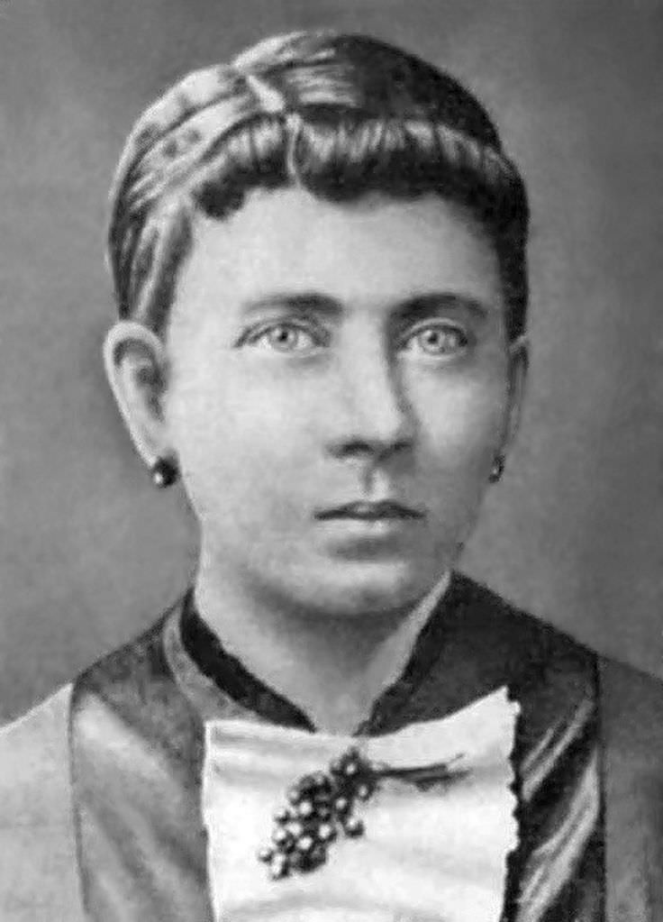 Klara Hitler Celebrity Biography Zodiac Sign And Famous Quotes