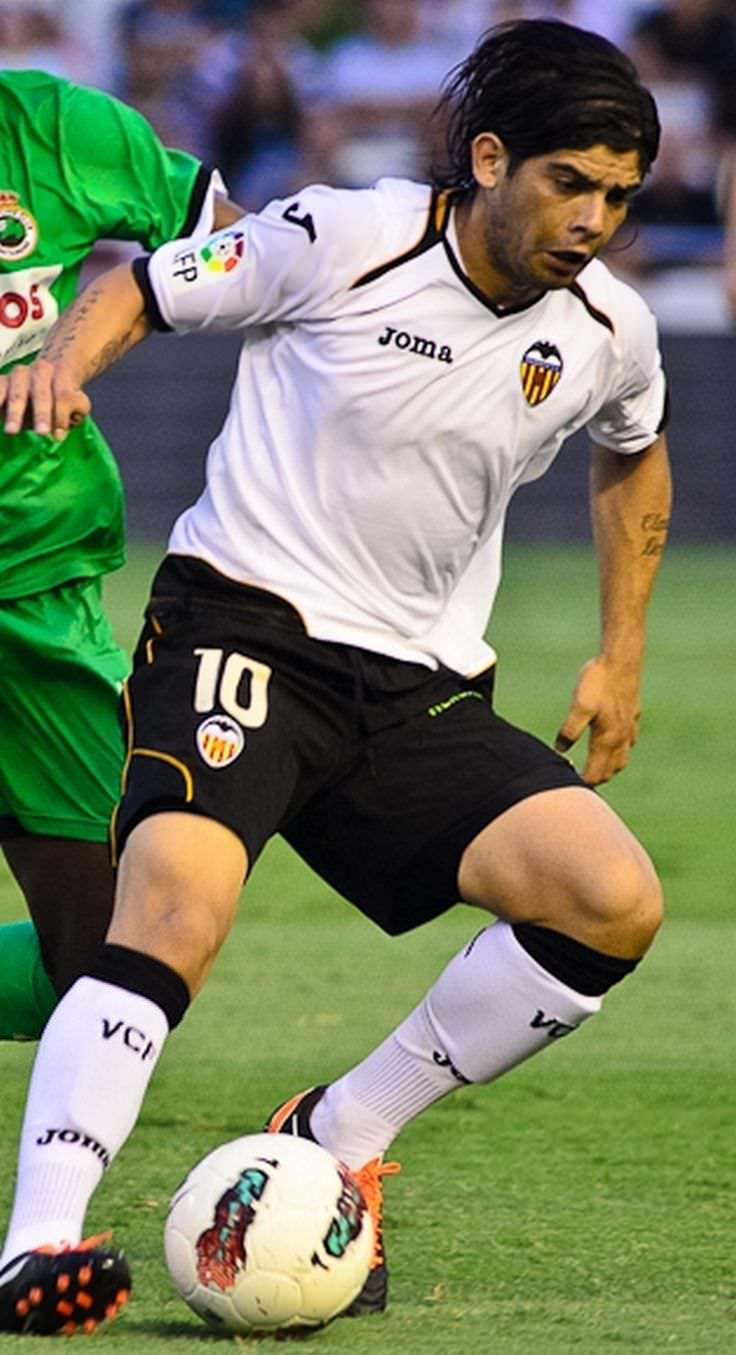 éver Banega Celebrity biography zodiac sign and famous quotes