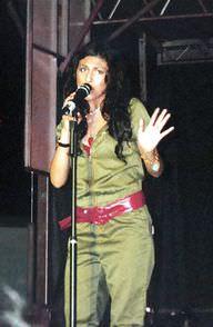 Paula Deanda